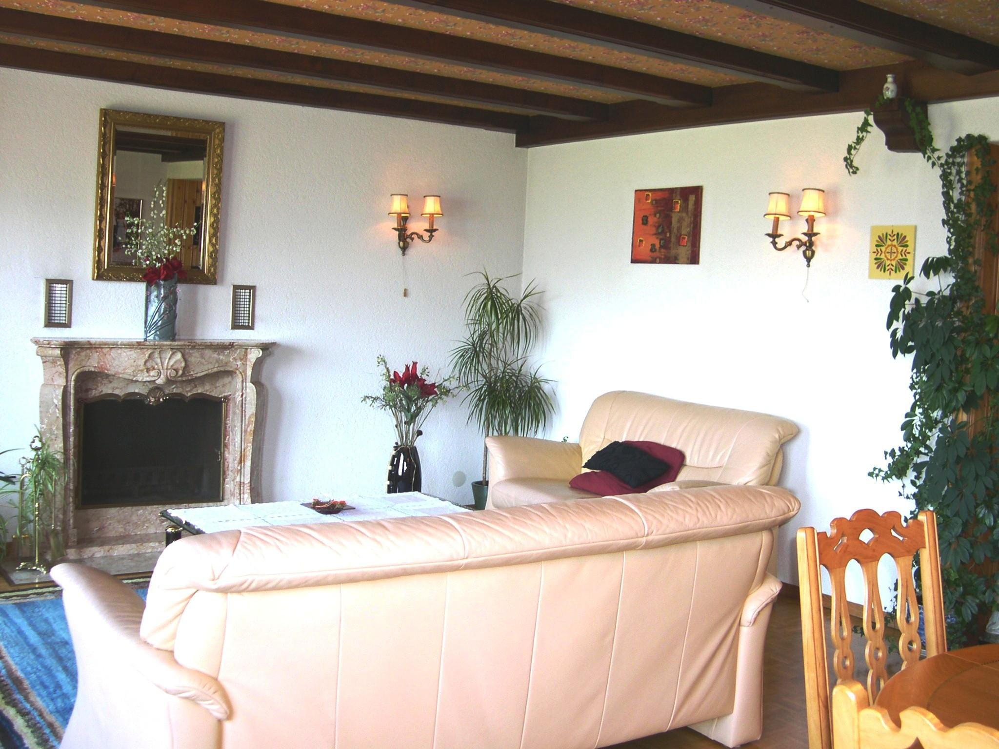 Detached House For Sale in Pont-en-Ogoz - 6 Photos