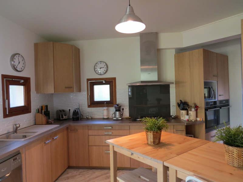 Ref: 106137983 4 Bedrooms Price € 1,250,000