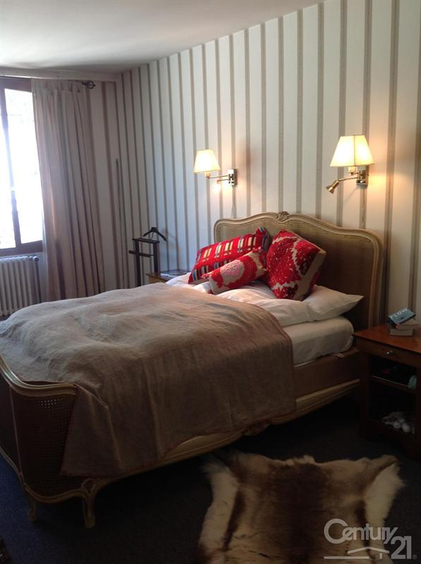 Ref: 107555619 6 Bedrooms Price € 1,200,000