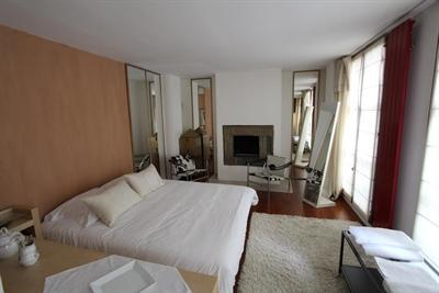 Ref: 108526069 3 Bedrooms Price € 8,000
