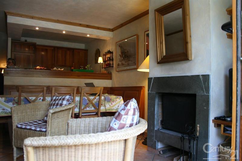 Ref: 108905007 3 Bedrooms Price € 695,000
