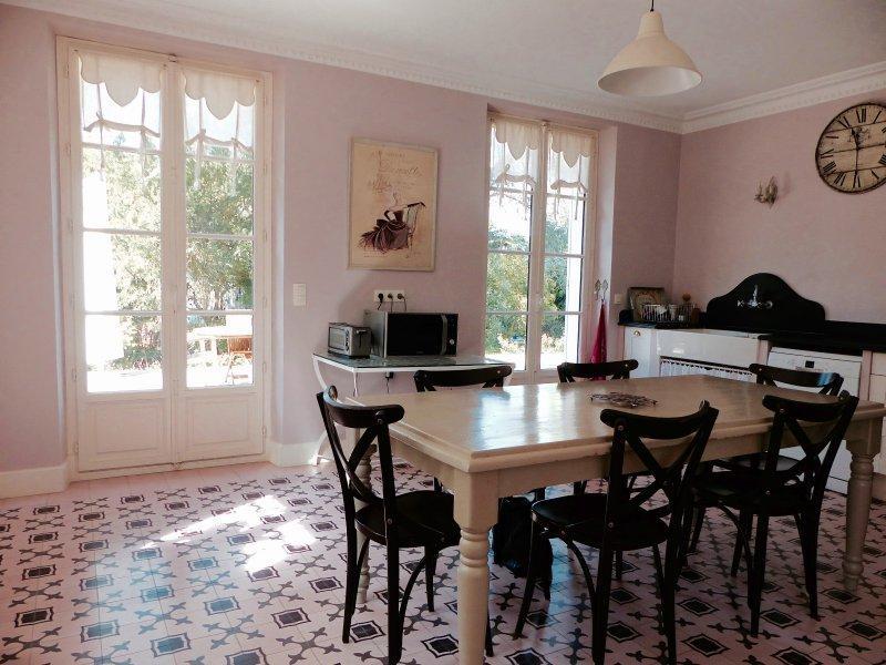 Ref: 108796049 6 Bedrooms Price € 2,163,000