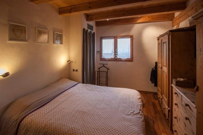 Ref: 108764145 7 Bedrooms Price € 721,000