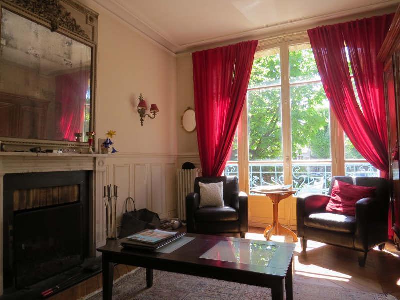 Ref: 108542009 6 Bedrooms Price € 4,000