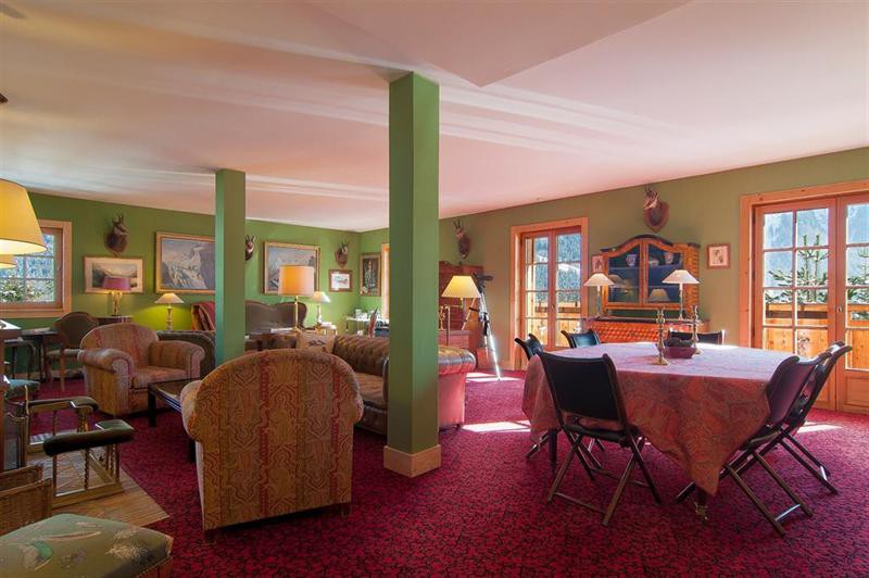 Ref: 102394627 6 Bedrooms Price € 2,990,000
