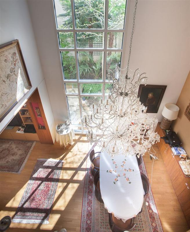 Ref: 108476337 5 Bedrooms Price € 4,450,000