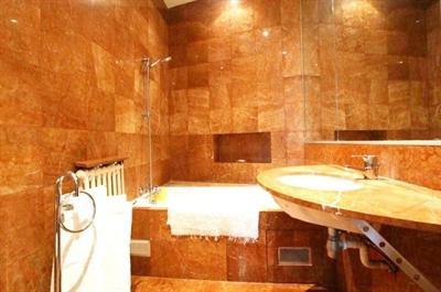 Ref: 109004795 3 Bedrooms Price € 11,000