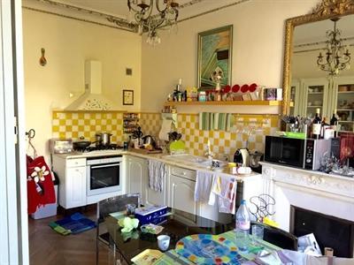 Ref: 108908179 3 Bedrooms Price € 4,800
