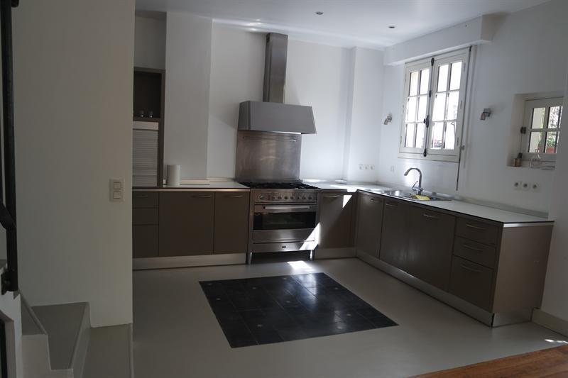Ref: 103915271 4 Bedrooms Price € 1,550,000