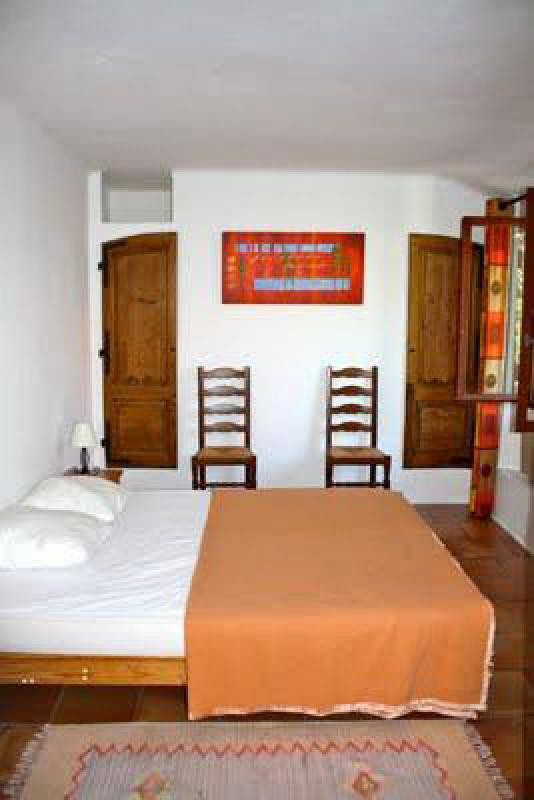 Ref: 93726557 4 Bedrooms Price € 990,000
