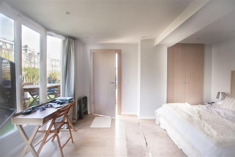 Ref: 108502385 4 Bedrooms Price € 1,690,000