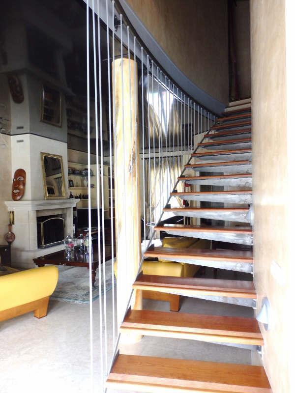 Ref: 108068295 5 Bedrooms Price € 685,000