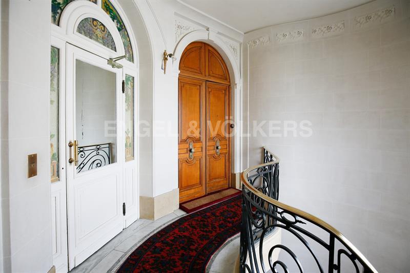 Ref: 108513231 4 Bedrooms Price € 3,100,000