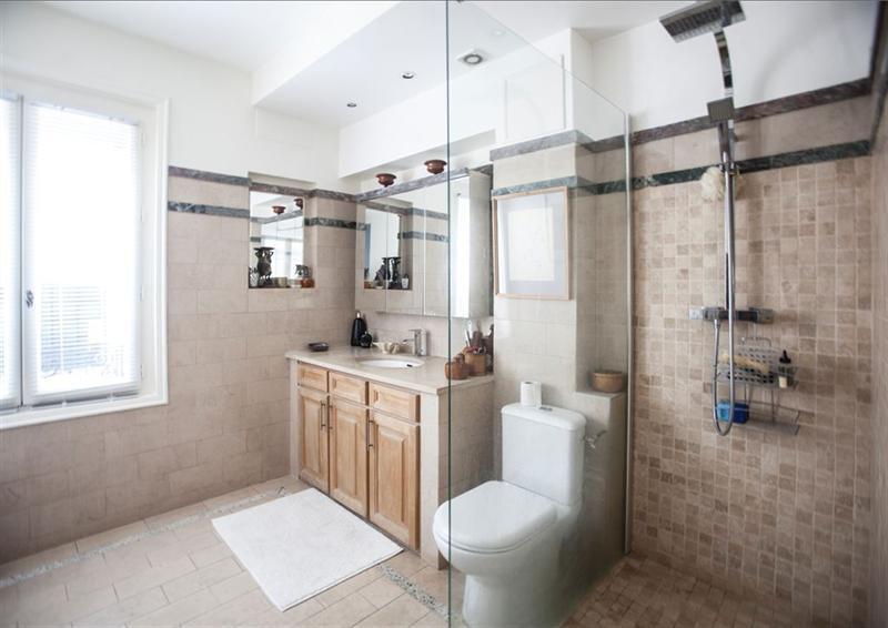 Ref: 107135139 2 Bedrooms Price € 1,495,000