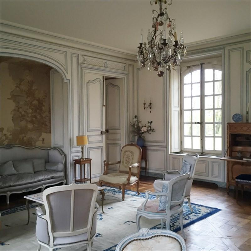 Ref: 108803393 12 Bedrooms Price € 3,500,000