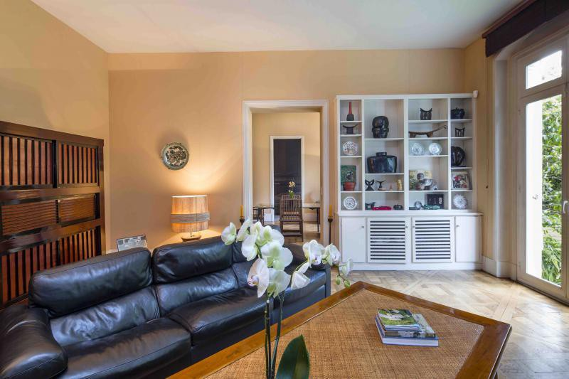 Ref: 94149067 2 Bedrooms Price € 2,700,000