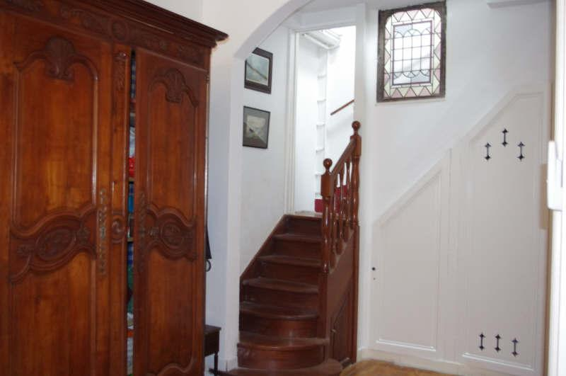 Ref: 108296501 2 Bedrooms Price € 651,000