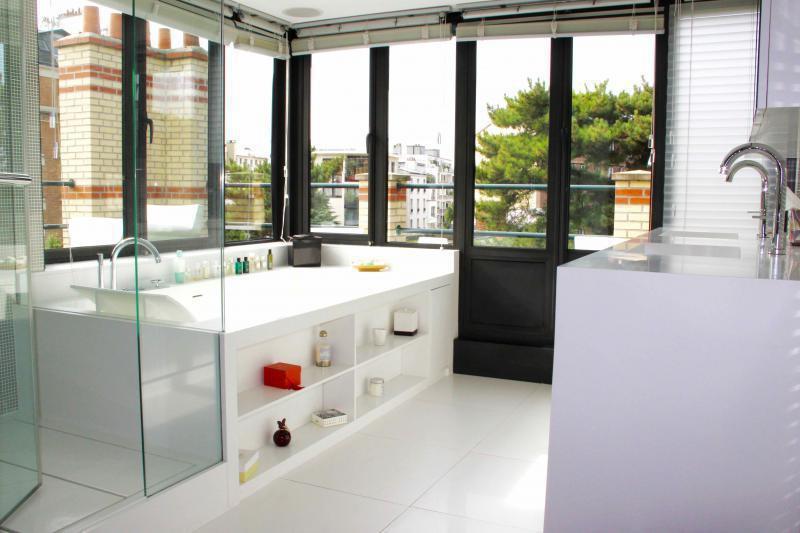 Ref: 96271559 4 Bedrooms Price € 4,950,000