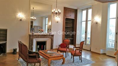 Ref: 103609067 1 Bedrooms Price € 1,520,000