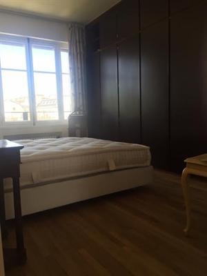 Ref: 108972393 2 Bedrooms Price € 4,500
