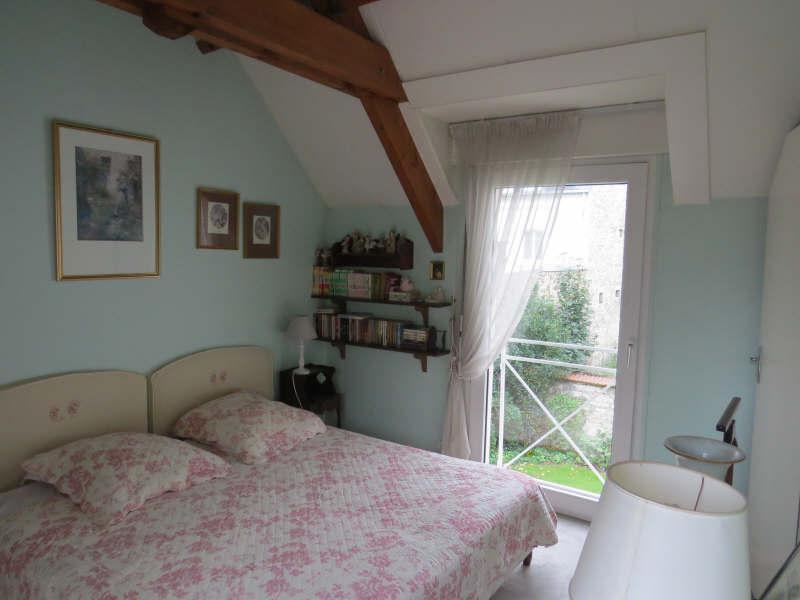Ref: 105224609 4 Bedrooms Price € 1,145,000
