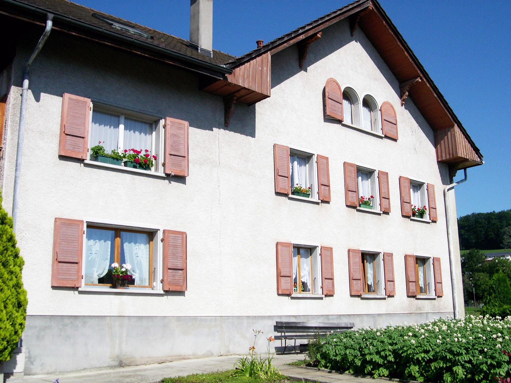 Detached House For Sale in Pont-en-Ogoz - 9 Photos