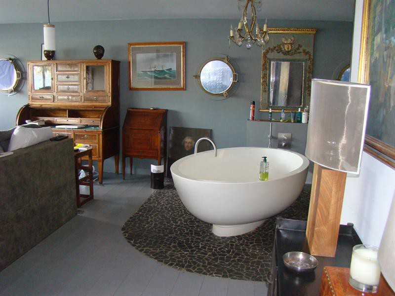 Ref: 85194685 4 Bedrooms Price € 1,250,000