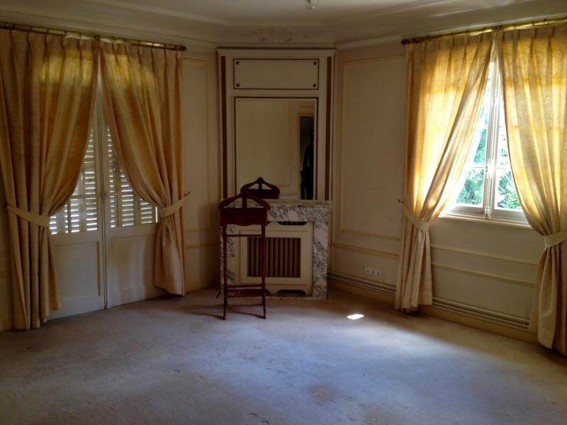 Ref: 99559749 6 Bedrooms Price € 2,350,000