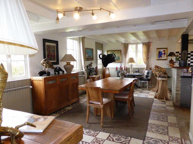 Ref: 108238121 3 Bedrooms Price € 690,000